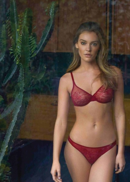 Gossard Glossies Lace Moulded BH Bordeaux
